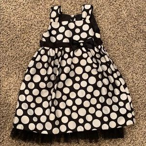 Girls size 6 polka dot dress